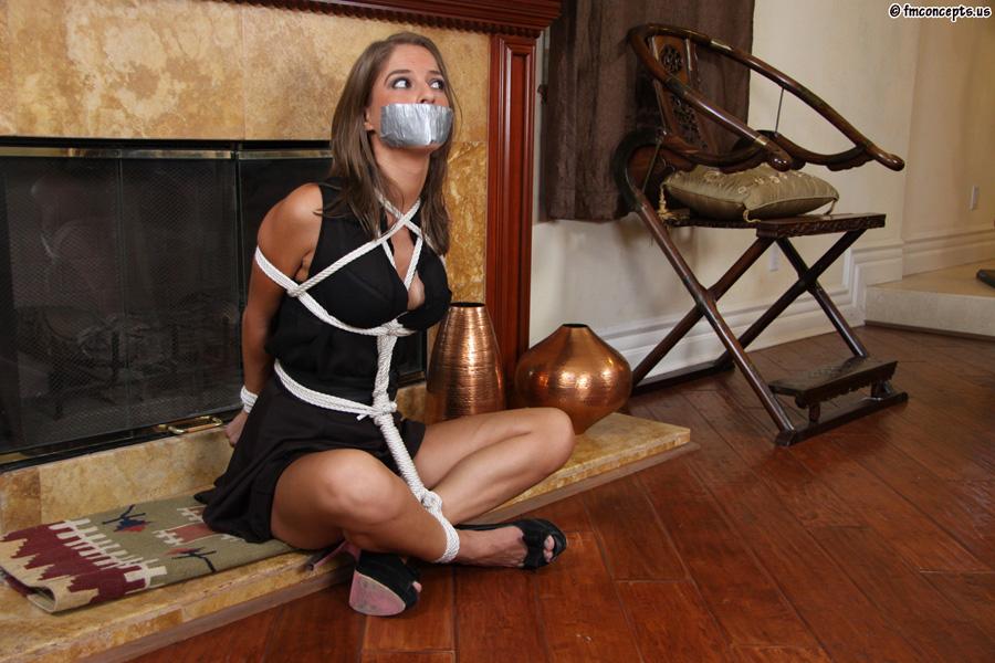 bondage in Pretty secretary rope